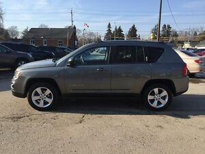 2012 JEEP COMPASS SPORT/NORTH * 4WD * LOW KM * $0 DOWN LOANS London Ontario image 3