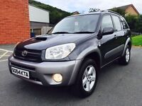 ONLY 78,000 MILES SEPTEMBER 2004 TOYOTA RAV4 XT3 D4D 2.0 DIESEL 5 SPEED MANUAL FULL SERVICE HISTORY