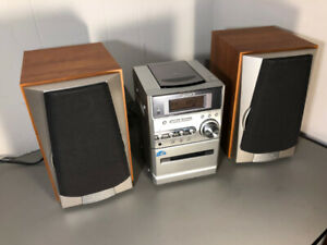 Sony CMT-NE3 Compact Stereo