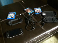 PsVita,4 jeux et accessoires
