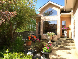 HOUSE WITH INCOME FOR SALE IN RIVERBEND!