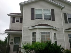 4 bedroom house in Mount Pearl available now