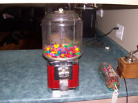 Beaver Candy Machine With Key