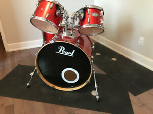 Pearl Drumset: Pearl Vision SST Birch Ply Shell orange set.