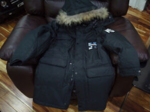 Mens Duck Down winter jacket size M -30Crated NEW with Tags!!