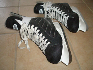 Sher-wood Senior Hockey Skates Size 10, Shoe size 11