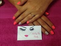 Fully qualified beauty therapist (An Eye For Beauty)