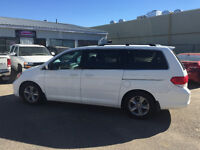 2010 Honda Odyssey Touring--LEATHER,ROOF,DVD,NAV,REMOTE START--