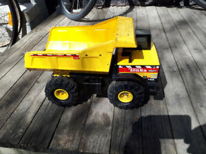 Tonka Metal Yellow Dump Truck 768