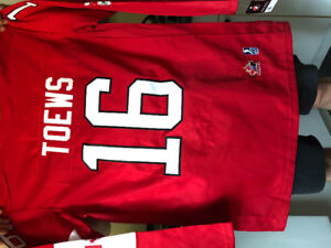 Men's Team Canada Jonathan Toews XL Jersey (New with Tags)