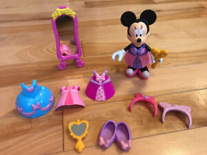 Mini Mouse Figure and accessories