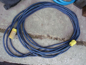 50 FOOT GROUNDED OUTDOOR EXTENSION CORD