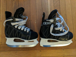 CCM Powerline Boys Hockey Skates size 10J