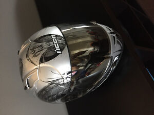 Icon speedfreak helmet. Medium