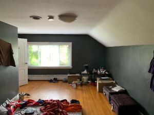 Rooms for rent from $600 all inclusive available November 1st