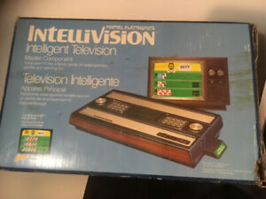 INTELLIVISION LOT SYSTEMS -GAMES -ALL WORKING