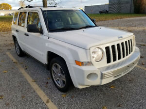 2007 Jeep Patriot Sunroof  4x4  SUV
