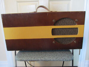Vintage all tube suitcase style guitar amp