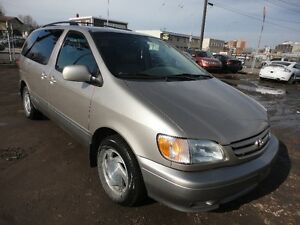 2003 TOYOTA SIENNA XLE AUTO V6-7 PASS -RUNS & DRIVES EXCELLENT