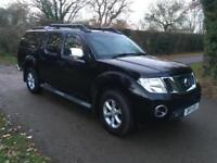 Nissan Navara 2.5dCi Tekna 4X4 DOUBLE CAB PICK-UP