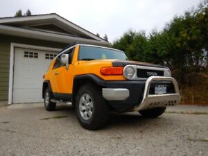 2007 Toyota FJ Cruiser SUV in excellent condition, priced OBO...