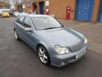 2005 Mercedes-Benz C200 2.1TD Classic SE Automatic Saloon in Grey