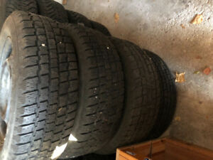 WINTER TIRES- 195/65R15 SET OF 4 TIRES WITH STEELS RIMS -COPPER
