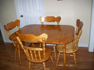 table and chatrs