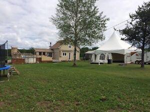MAISON DE CAMPAGNE À ST-DOMINIQUE-DU-ROSAIRE