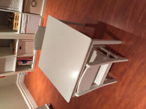 Kid Kraft children's white table and chairs