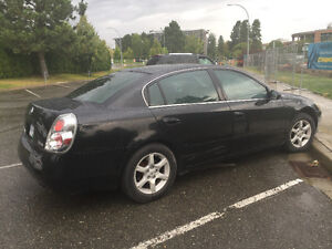 Good condition 2005 Nissan Altima Sedan