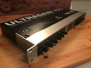 Behringer Audiophile Vacuum Tube Microphone/Line Preamplifier