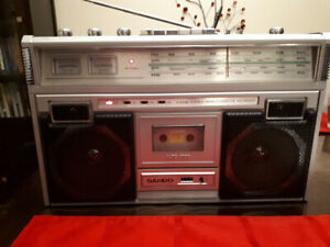 SAMPO 4-Band Stereo Radio/cassette recorder Boombox