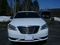 2013 Chrysler 200-Series Limited (SUNROOF+CLIMATE CONTROL)