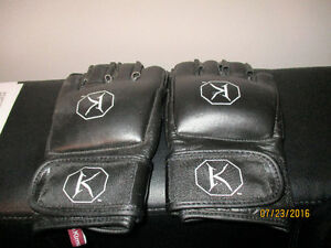 BRAND NEW KIMURA MMA Gloves L $40