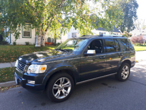 2010 Ford Explorer Limited LOW KM