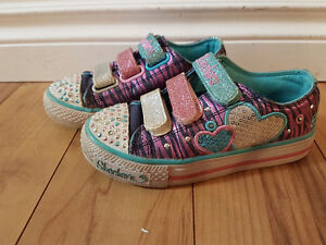 Sketchers twinkle toes size12
