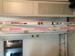 Men's Atomic, Fischer, Salomon and Volante Downhill Skis