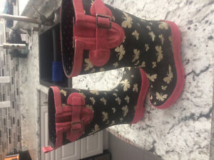 Girls size 12 rubber boots