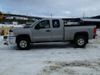 2009 Chevrolet 4X4 2500 Ext Cab Pickup with Trim Package.