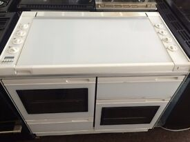 White new world 100cm five burners gas cooker grill & double oven good condition with guarantee