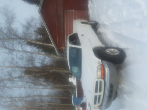 2000 Dodge Dakota None Pickup Truck