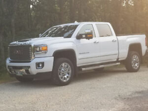 2017 Summit White GMC 2500HD Denali Diesel