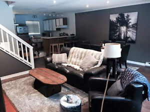 Collingwood blue mountain townhome available Aug 1