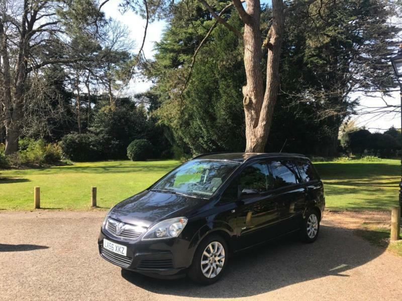 2006/56 Vauxhall Zafira 1.6i 16v Club 7 Seats 5 Door MPV Black