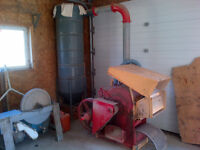 Gehl Hammer Mill, feed grinder, grain grinder, chicken feed,