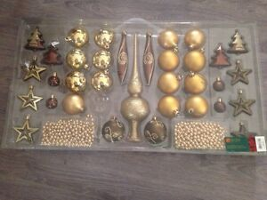Christmas Decorations Gold & Bronze colours  Kitchener / Waterloo Kitchener Area image 1