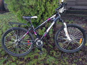 Blade Response Womans Mountain Bike