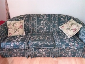 Beautiful couch set of 3