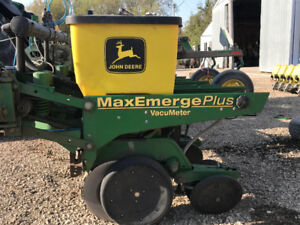 Out Planter Buy Or Sell Farming Equipment In Manitoba Kijiji